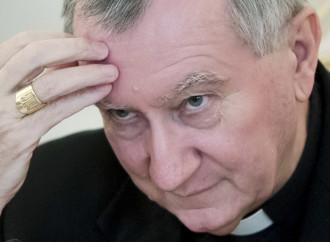 """Parolin sulla """"correzione"""" al Papa: dialogo"""