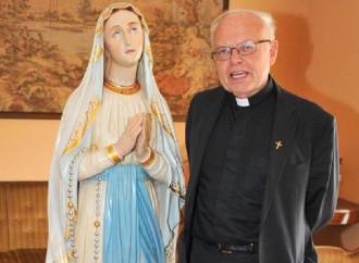"""Don Armando sotto attacco: """"Olio di ricino dal Pd"""""""