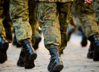 Usa, sotto processo il divieto per i trans di indossare l'uniforme