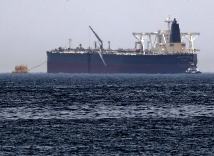 Petroliera nel Golfo