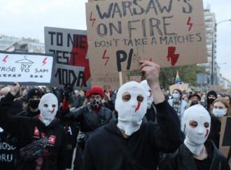 Polonia nel caos, regia occulta e soldi di Soros