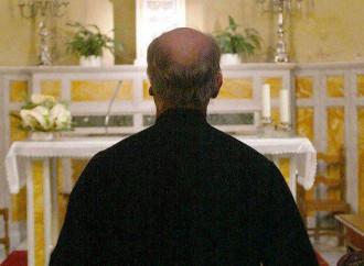 Io, prete, costretto a tacere su omosessualità e famiglia
