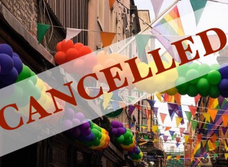 Cancellati 200 gay pride