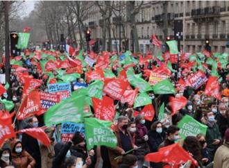 Tra Francia e Polonia, in piazza per o contro la vita