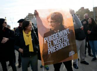 Catalogna, Madrid è decisa a stroncare l'indipendentismo