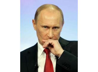 Sanzioni, la Russia accusa il colpo