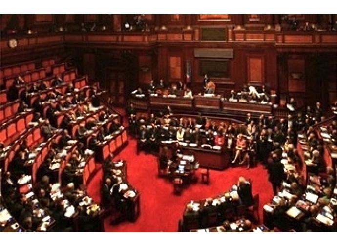 Al Senato primo sì alla legge sul conflitto di interessi