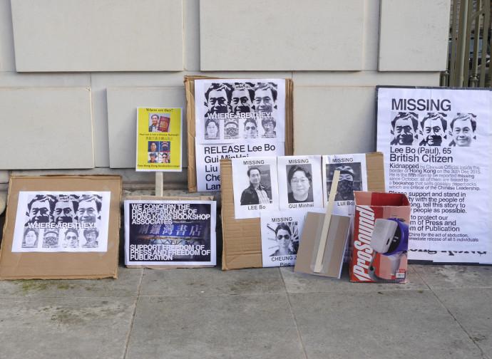 Protesta a Londra per il rapimento di Gui Minhai e dei suoi soci