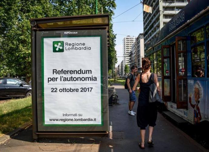 Milano, manifesti per il referendum