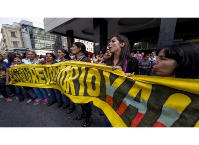 Venezuela, manifestanti per il referendum revocatorio