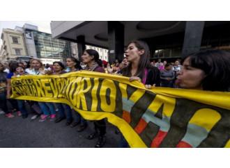 Venezuela, opposizioni in marcia contro il populista Maduro