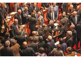 Chi ha la fissa del Senato e chi dei gay La vera politica è morta