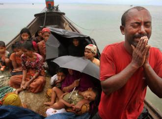 Dramma Rohingya, non sparate su Aung San Suu Kyi