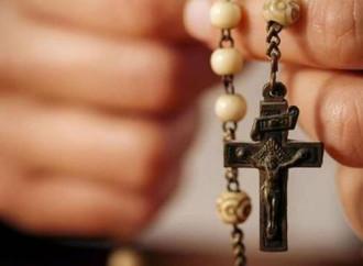 """""""Rosario illegittimo"""": la Regione boccia il circolo. Ma per l'islam..."""