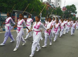 Marcia delle nazionaliste indù della RSS