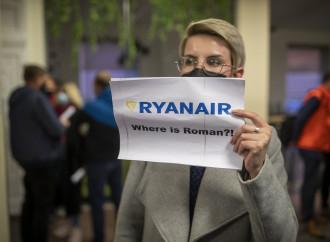 Volo Ryanair dirottato, Europa unita contro Minsk