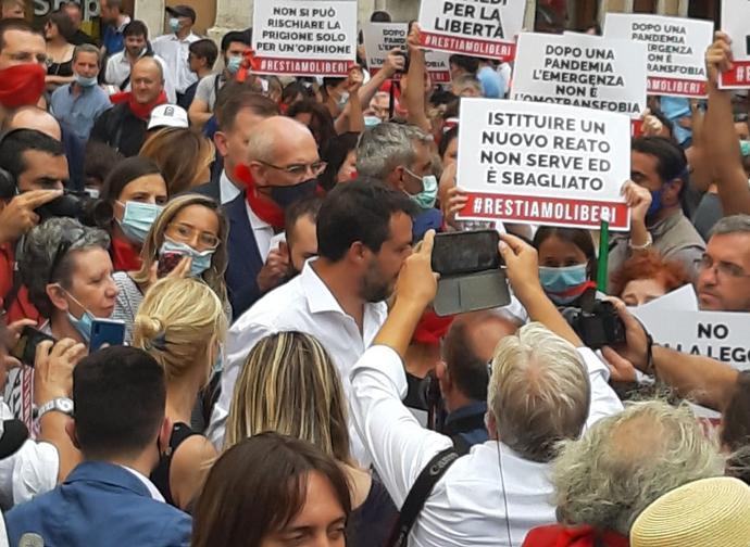 Salvini alla manifestazione #Restiamoliberi
