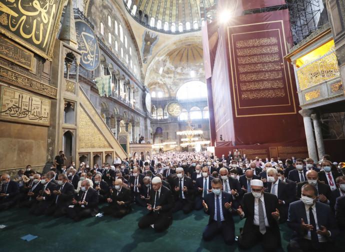 Santa Sofia, la preghiera musulmana