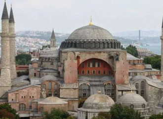 La Turchia ha deciso. Santa Sofia diventa una moschea