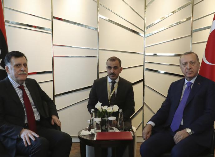 Sarraj con Erdogan
