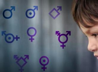 Clinica per il cambio di sesso a processo: «Noi usati come cavie»