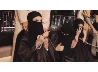 Nello Stato Islamico tornano i mercati delle schiave