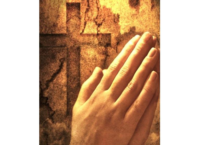 La preghiera, unica arma efficace per vincere il male