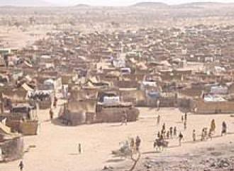 I rifugiati di un campo Onu in Sudan lamentano di ricevere razioni insufficienti e di essere maltrattati