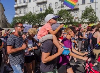 Ungheria, reclami in aumento per spot LGBT