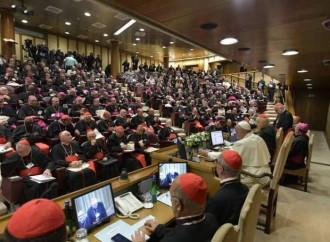 """Al Sinodo si parla di diaconato femminile e """"viri probati"""""""