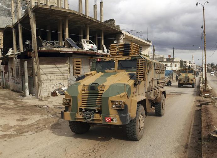Mezzi turchi entrati nella provincia di Idlib (Siria)