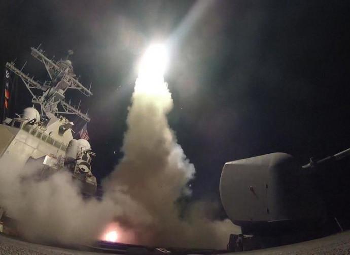 Lancio di missili sulla Siria