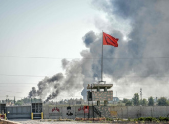 Bombardamenti turchi contro i curdi in Siria