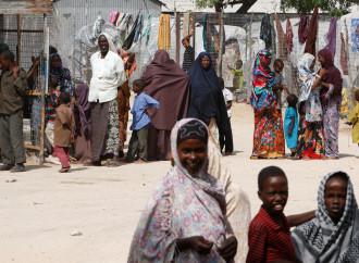 Una organizzazione criminale controlla gli sfollati di Mogadiscio