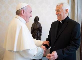 """Il diavolo simbolico del """"papa nero"""" ha conseguenze gravi"""