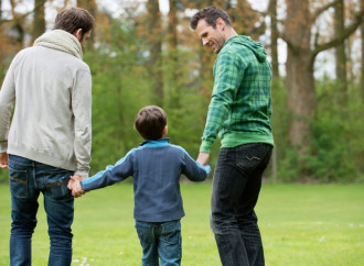La Svizzera apre alla stepchild adoption gay