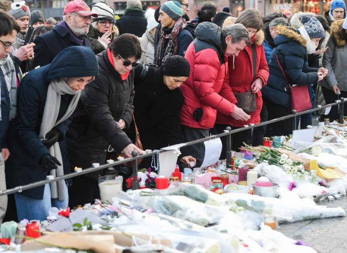 Strasburgo, omaggio alle vittime