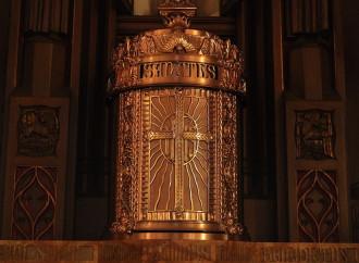 Un giorno per riparare le offese a Gesù Eucaristia