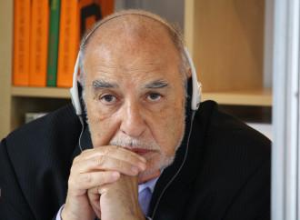 Ben Jelloun predica contro il jihad, lontano dal fronte
