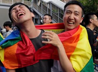 "Taiwan, semaforo verde alle ""nozze"" gay"
