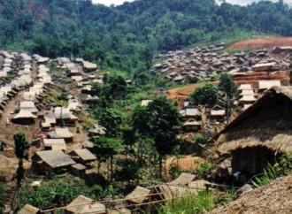 100 mila  birmani profughi in Thailandia vivono in campi di accoglienza, alcuni da oltre 30 anni