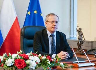 """Il giudice: """"La Polonia non viola lo stato di diritto"""""""