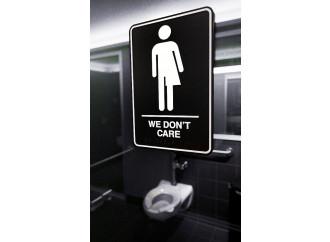 La strana guerra di una mamma per i bagni trans