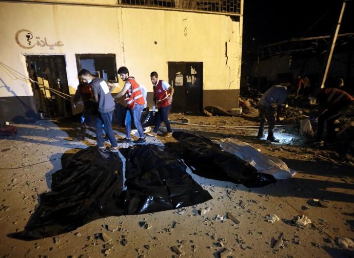 Tripoli, le vittime del bombardamento