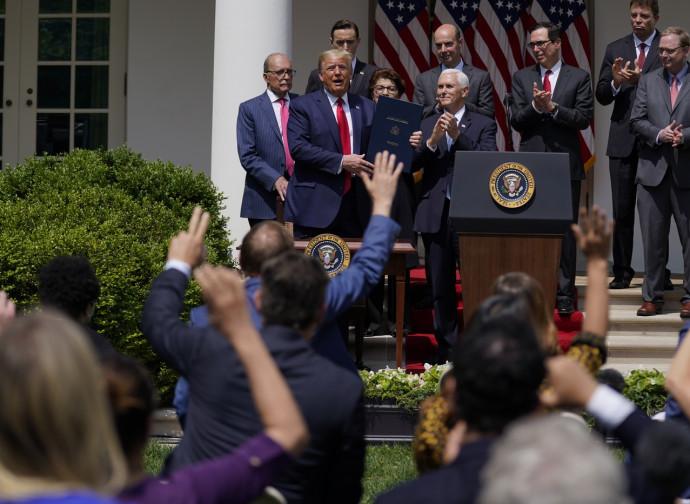 Trump, conferenza stampa alla Casa Bianca