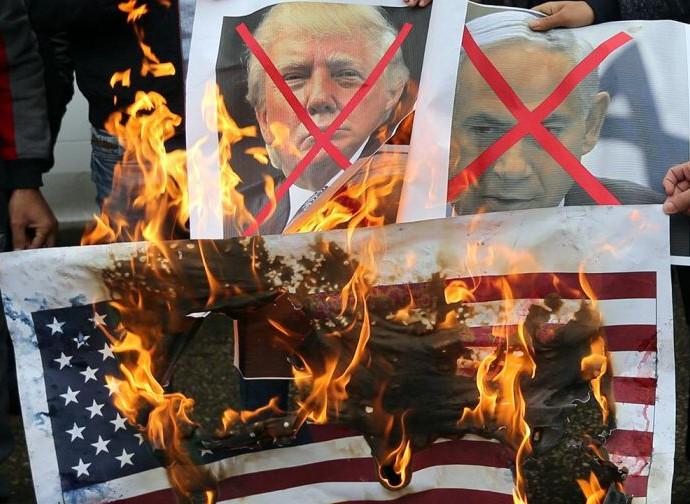 """Betlemme, prime manifestazioni dei """"giorni della rabbia"""""""