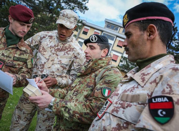 Militari italiani in Libia