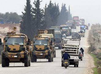 Siria, Erdogan chiede aiuto alla Nato e ricatta l'Ue