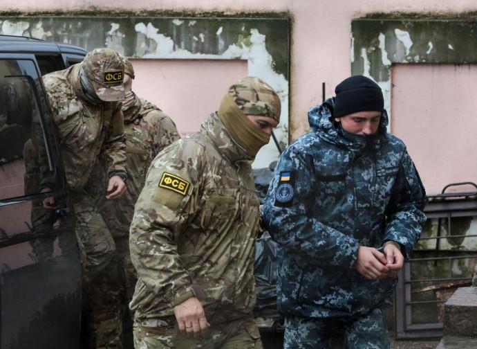 I marinai ucraini prigionieri in Russia