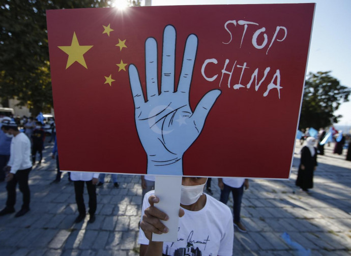 Manifestação dos Uigures